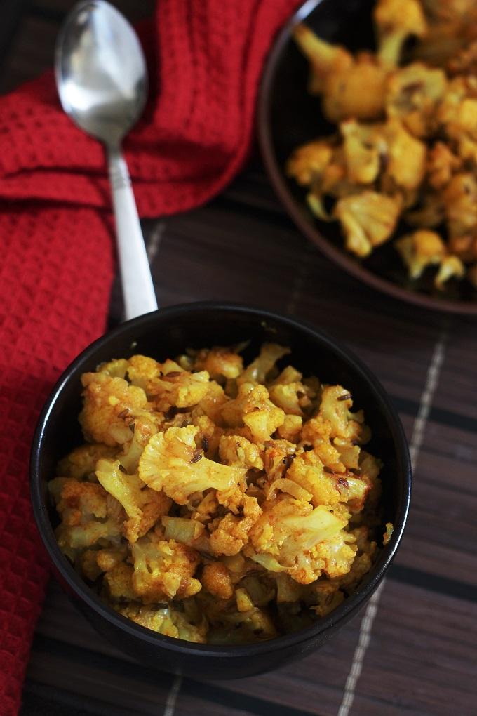 Gobi Stir Fry Recipe-A simple and delicious gobi or cauliflower stir fry recipe made with minimal spices