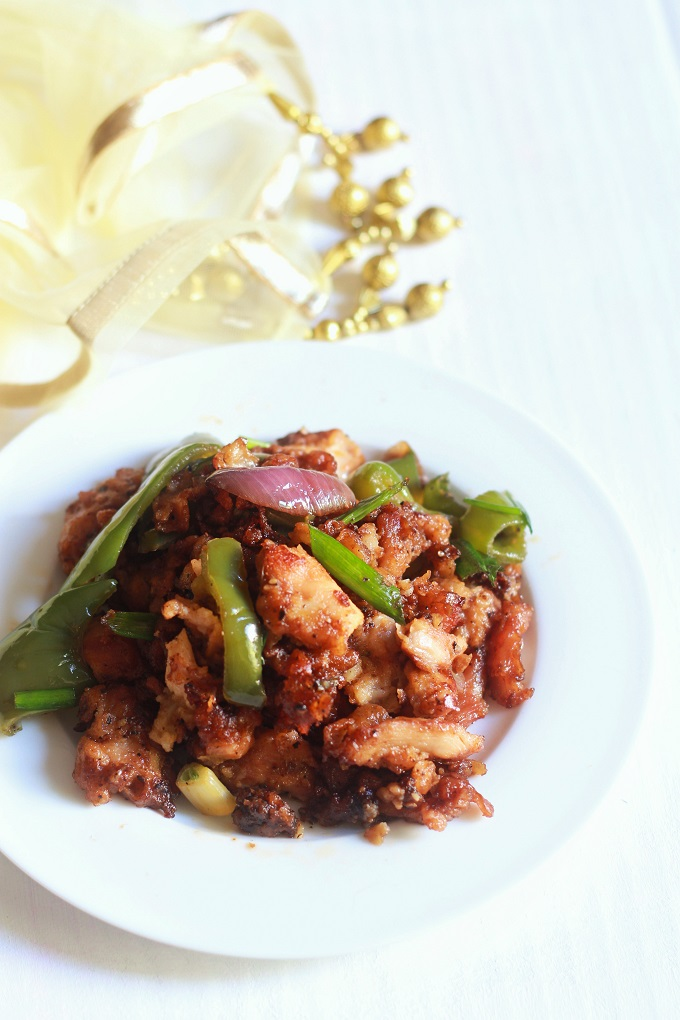 Pepper chicken recipe-A very delicious chicken recipe made with freshly crushed black pepper seeds
