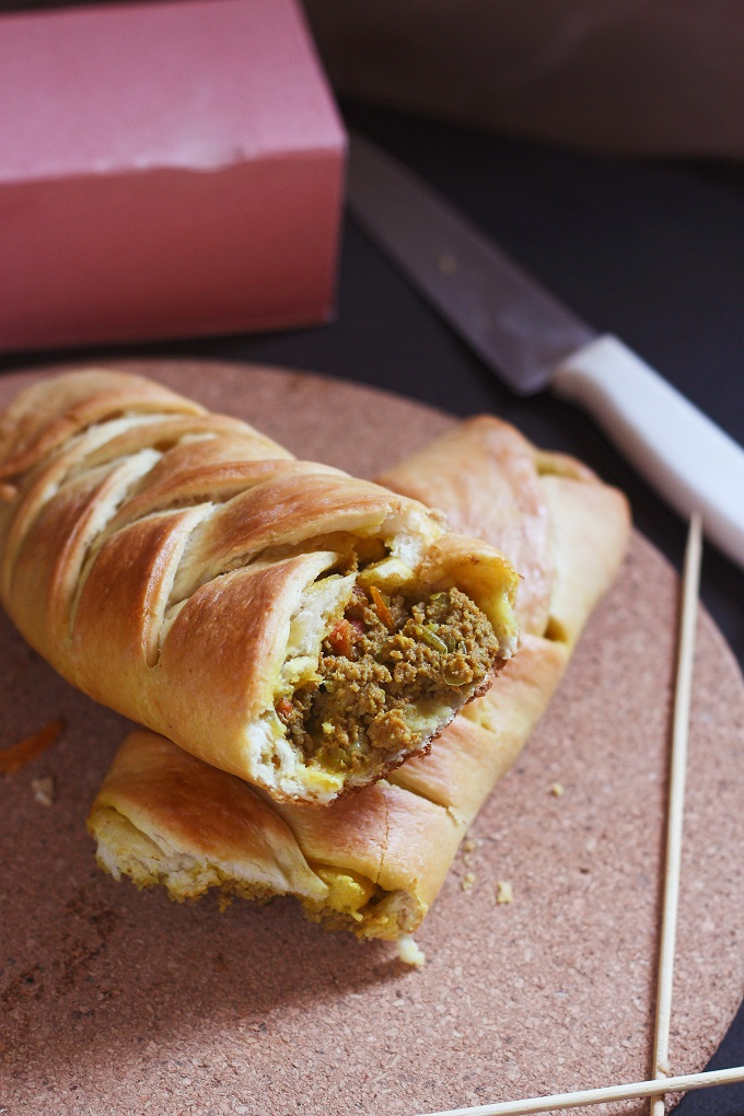 Keema Bread Roll recipe - How to make Keema Bread Roll - A very yummy and tasty bread roll recipe stuffed with the mince of lamb meat. Simple delicious and great to taste.