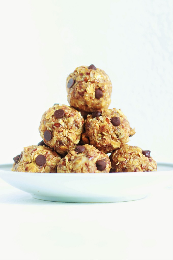 No Bake Peanut Butter Oatmeal Balls formed in a pyramid