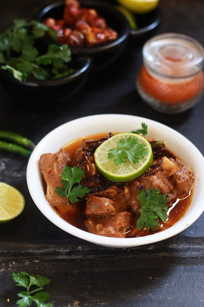 Lamb Vindaloo recipe - Mutton Vindaloo recipe. A traditional and tasty Goan recipe made with lamb meat in vinegar and spices.