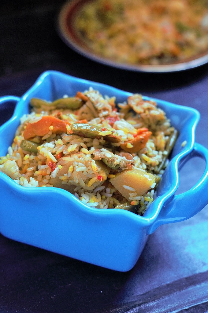 Easy Vegetable Biryani Recipe in Pressure Cooker - Simple, Easy, Quick and Delicious. Need I say more for this awesome vegetable biryani recipe. A perfect whole some meal when you are short on time made with a variety of vegetables.