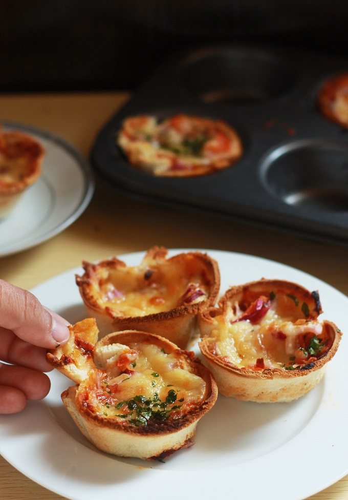 Cheese Toast Muffins, Bread Pizza Cups. A fun, innovative and tasty twist to your otherwise boring bread breakfast. Isn't it just so cool that we can make a toast muffin out of a simple slice of sandwich bread.