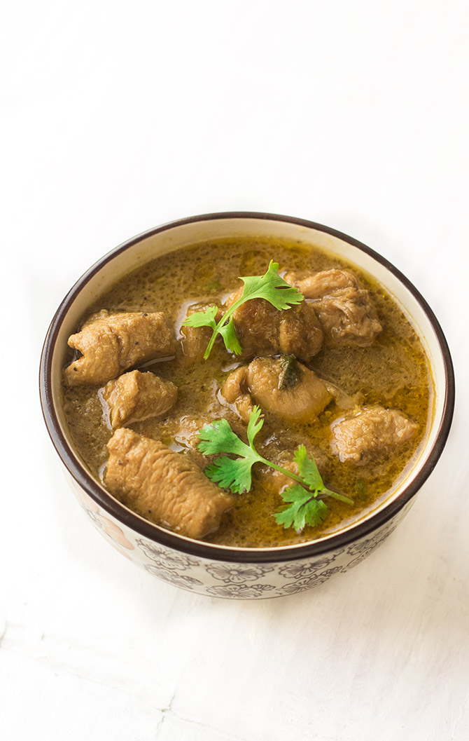 Chettinad Nattu Kozhi Kulambu is a delicious chicken gravy made with the country hen. Made with lot of spices, this is a really yummy gravy that goes well with rice or roti.