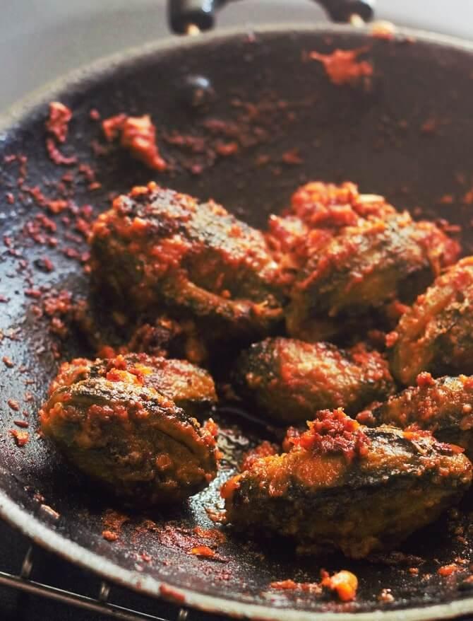 bharwa karela fry in a kadai