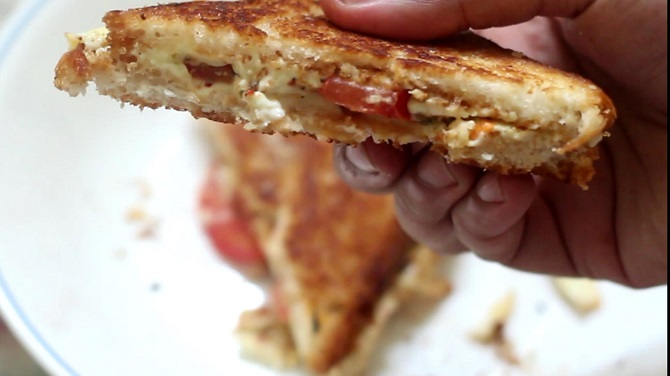 Simple Cheese Tomato Sandwich Recipe is a very easy and extremely delicious breakfast. It gets ready in no time at all and is pretty easy.