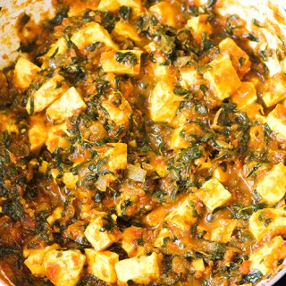 Methi paneer recipe or the paneer methi recipe is a lovely dish that is so simple yet so tasty. The methi paneer is made with the Indian cottage cheese and fenugreek leaves.