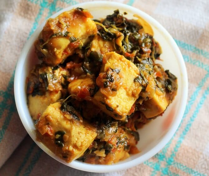 top view of methi paneer recipe in a bowl