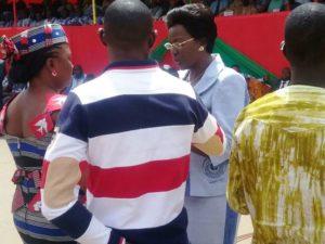 Décoration de Mme La Ministre de la Femme, de L'Action Sociale et de la Famille, Mme Laure Zongo/ Hien