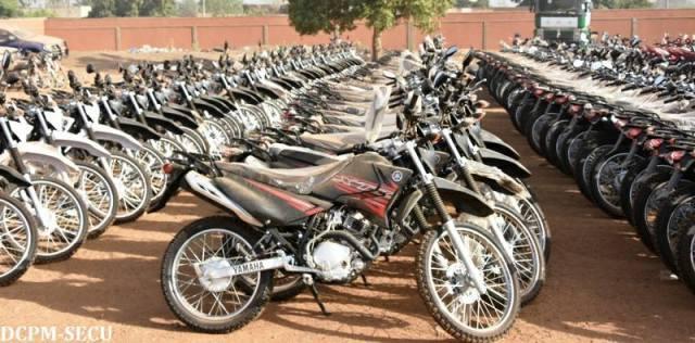 Le matériel roulant pour la Police nationale, 150 motos