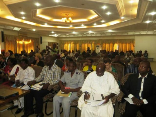 Les participants a la conférence