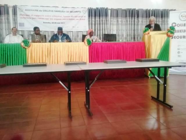 Le présidium à cette cérémonie d'ouverture du G5 Sahel au Mali