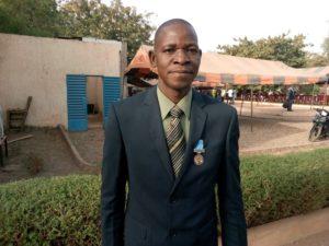 Boukary NITIEMA, dit dédié cette médaille à sa famille et à ses supérieurs hiérarchique qui ont pensé à lui.