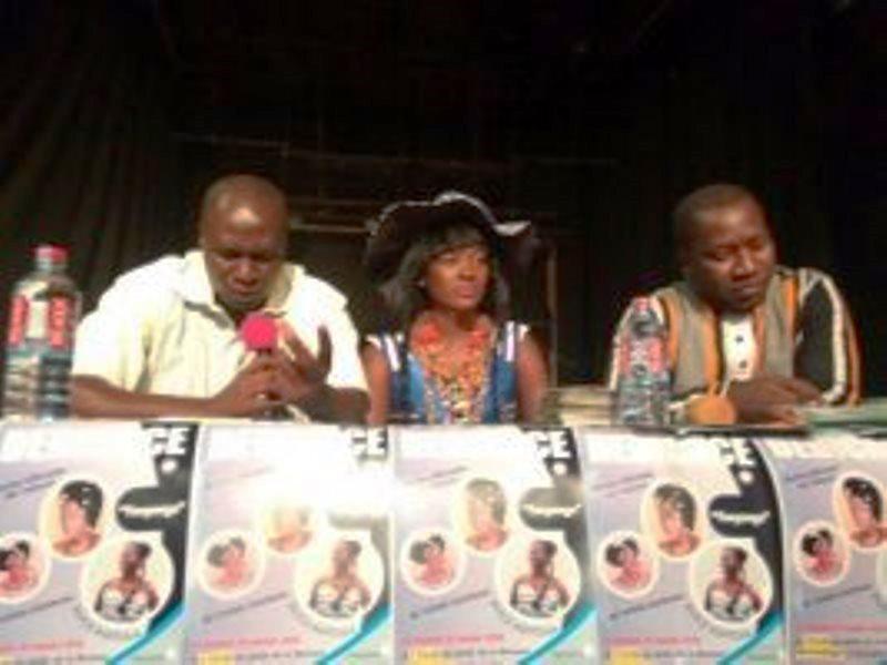 Les animateurs au cours du lancement de l'album