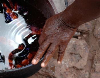 Lavage de linge à domicile: Un métier très prisé par les femmes