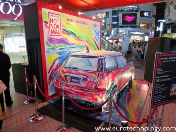 Alexa Meade paints MINI @109 in Shibuya