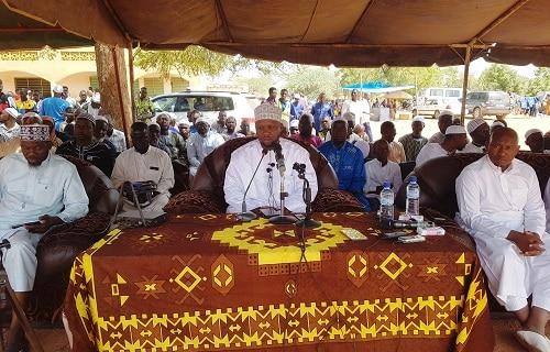 La-communauté-musulmane-fait-appel-au-Cheick-Ismael-Derra