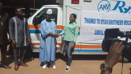 Santé -L-association -ECWC- offre- une- ambulance- au -CHU- de- Dédougou