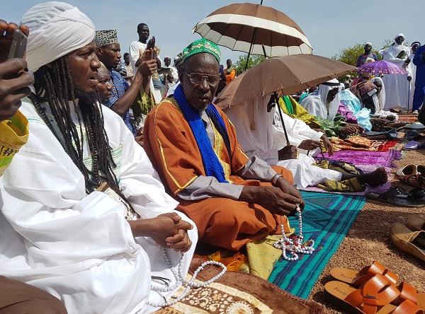 Aïd-El-Fitr-Koudougou-prie-pour-la-paix-au-Faso