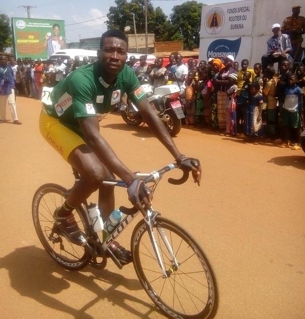 Tour-du-Faso-2019-le-burkinabè-Bassirou-NIKIEMA-vainqueur-de-la-9-étape