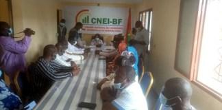 Economie- l-Ambassade- de- France- au- Burkina –veut- soutenir- le- Conseil –national- de- l-économie- informelle