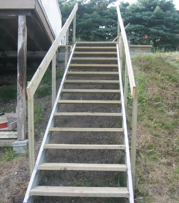 Exterior Stair Stringers By Fast Stairs Com   Premade Stairs For Outdoors