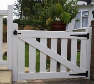 Small PVC Gate   PVC Gates   Small Plastic Gate   Faster Plastics