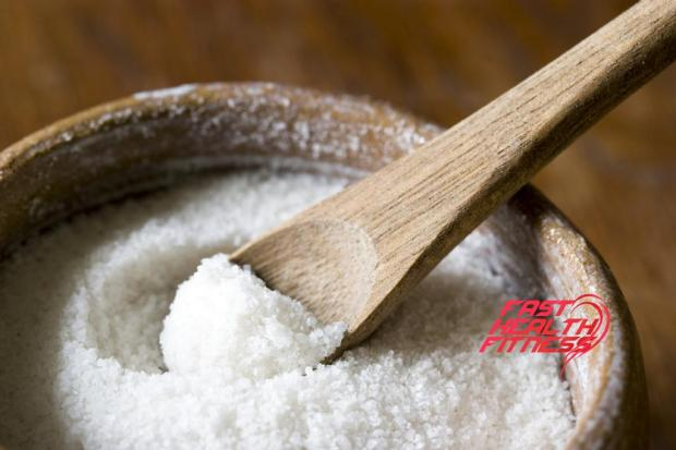 Sea-salt-against-cellulite
