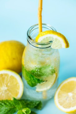 SOME POPULAR KIND OF DETOX WATER