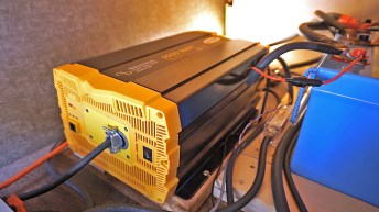 Our 3000W pure sine wave inverter