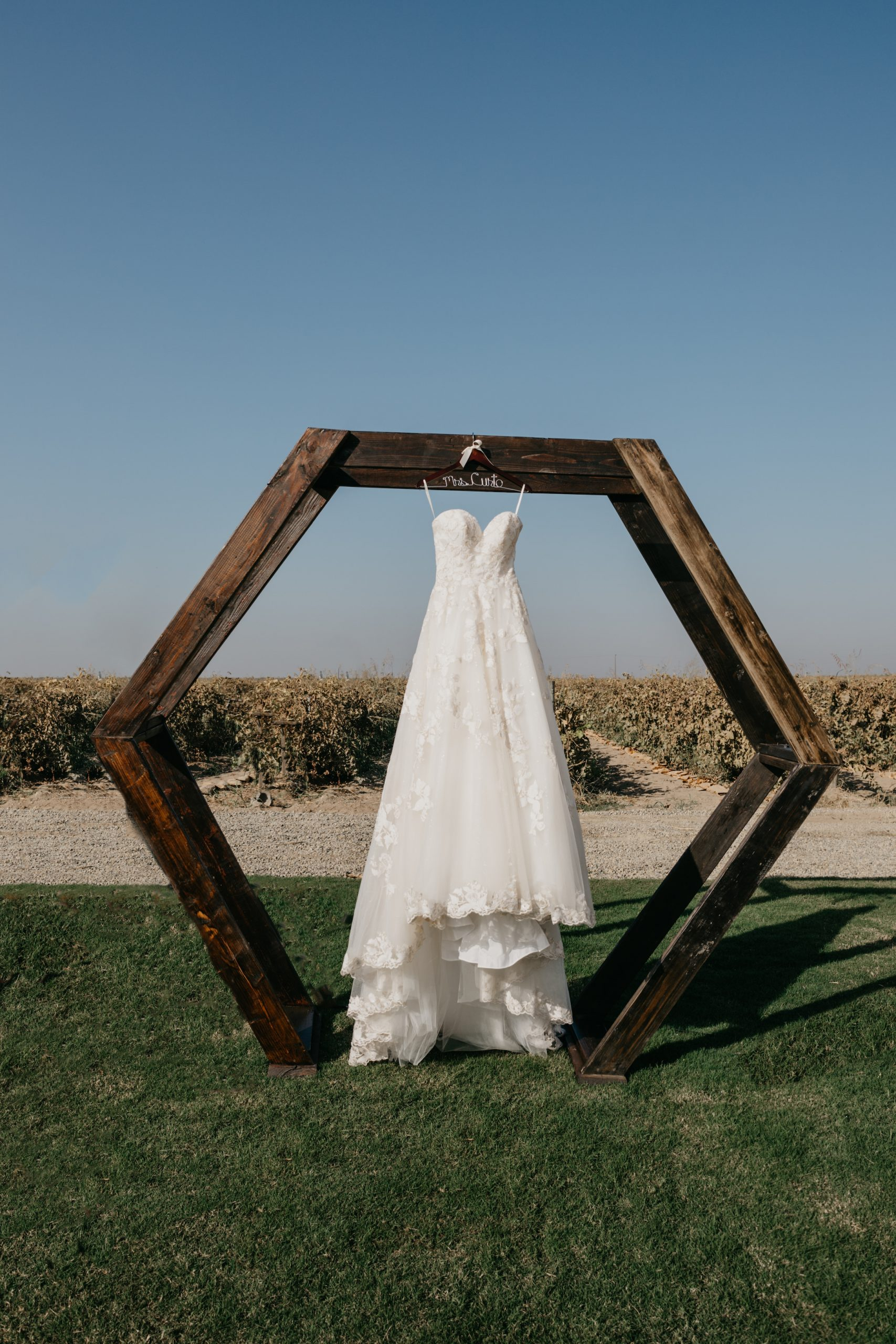 Casablanca Wedding Dress in Evanelle Vineyards Wedding, image by Fatima Elreda Photo