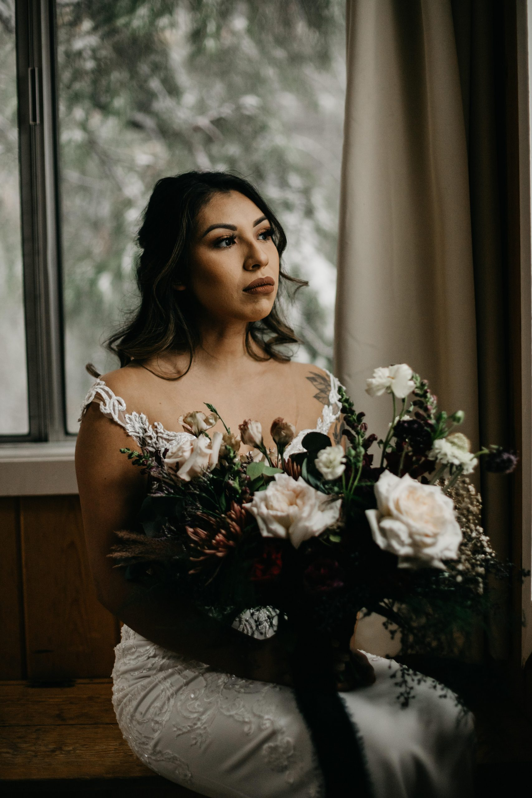 Bride and her bouquet, image by Fatima Elreda Photo