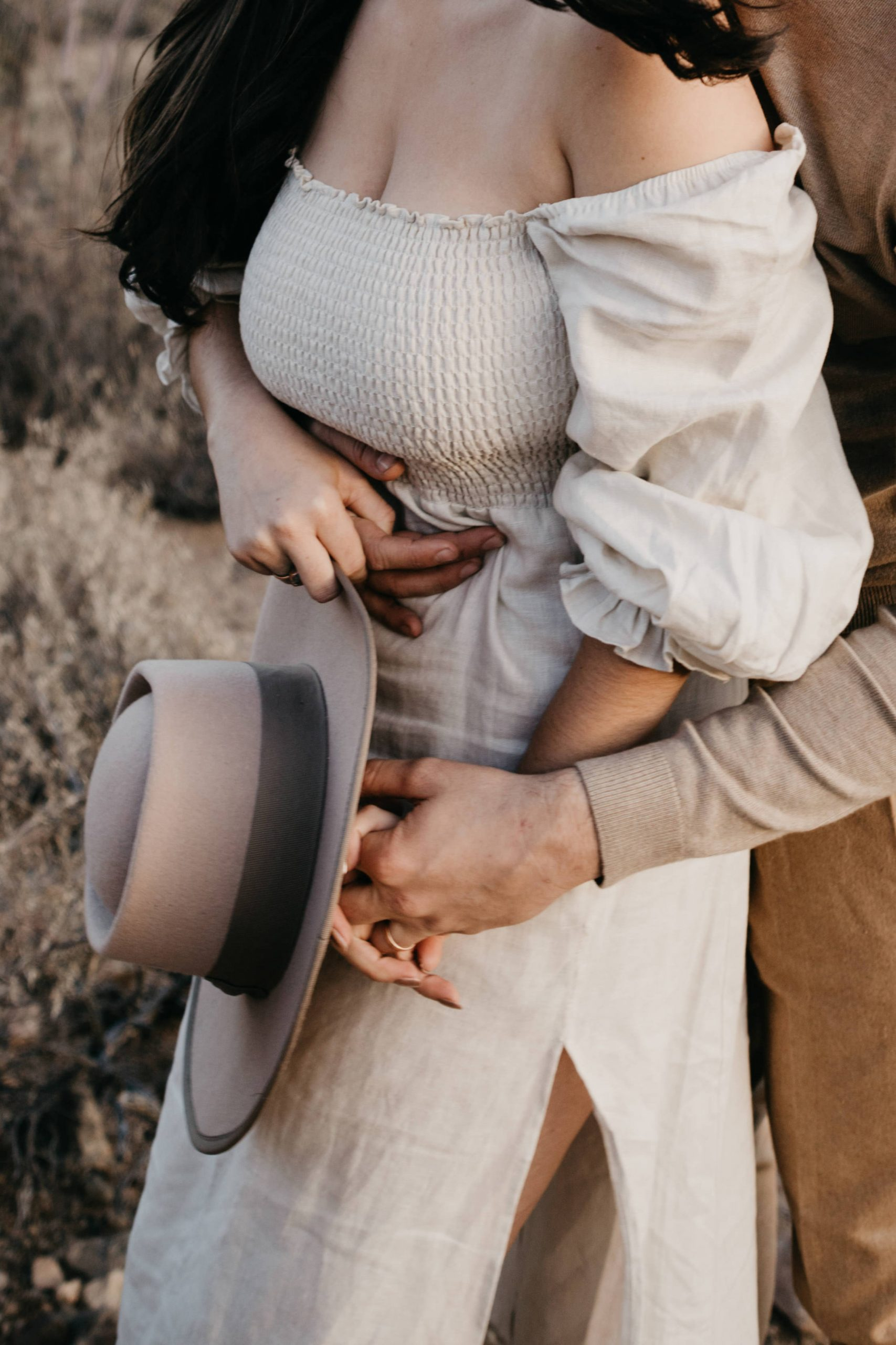 Cute outfit inspiration for desert engagement, image by Fatima Elreda Photo
