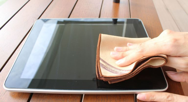 Veja como remover arranhões da tela do seu celular