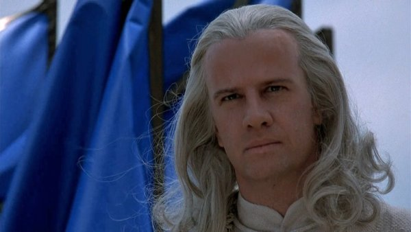 then-everyone-bowed-down-to-christopher-lambert-who-played-the-god-of-thunder-raiden