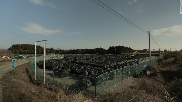 160304122046-fukushima-soil-1-super-169