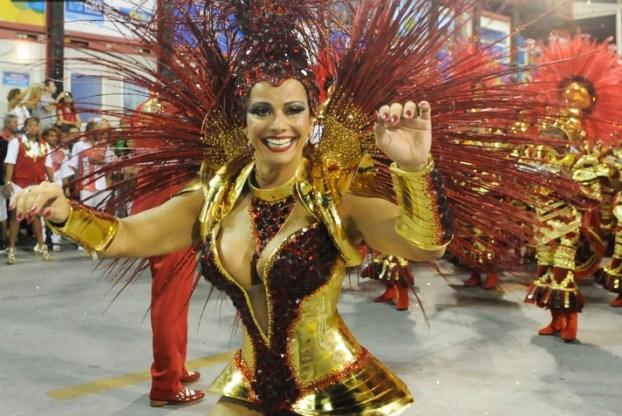 Desfiles-Carnaval-RJ-2014