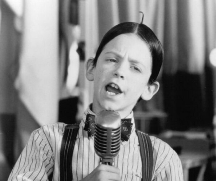 still-of-bug-hall-in-the-little-rascals-1994-large-picture