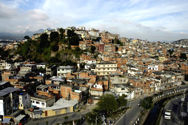 Morro do Timbau, uma das 16 comunidade do bairro Maré. Rio de Janeiro, Brasil.