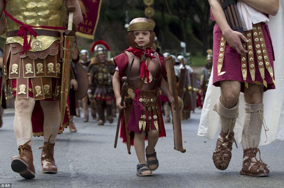 Como era a vida das crianças na Roma Antiga?