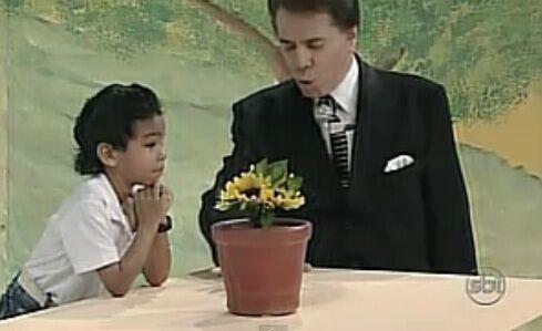 Como está o menino fã de Raça Negra que foi no Silvio Santos?