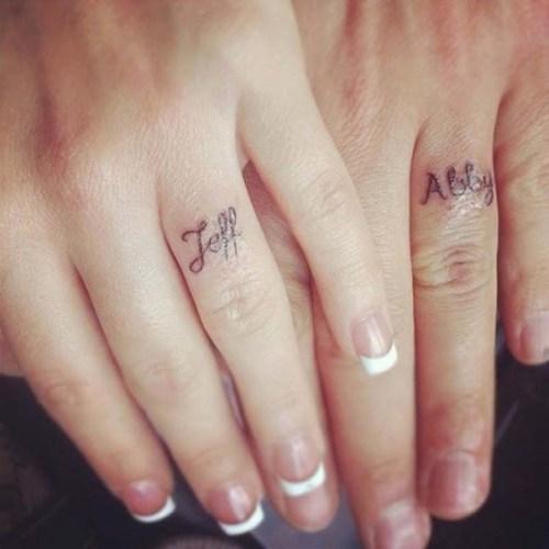 tatouage-alliance-doigt-30