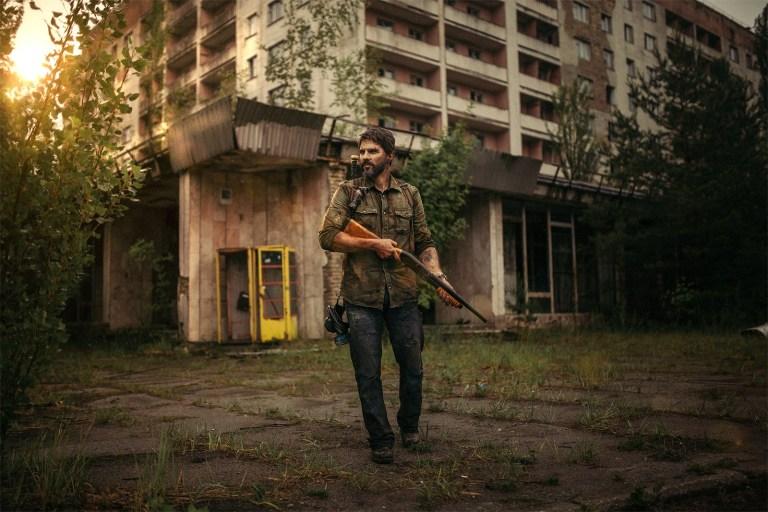 The Last of Us – Cosplayer faz ensaio fotográfico em Chernobyl e prova que não sabe brincar