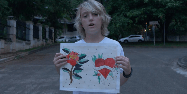 Ele tem apenas 12 anos, mas já é um tatuador super hypado