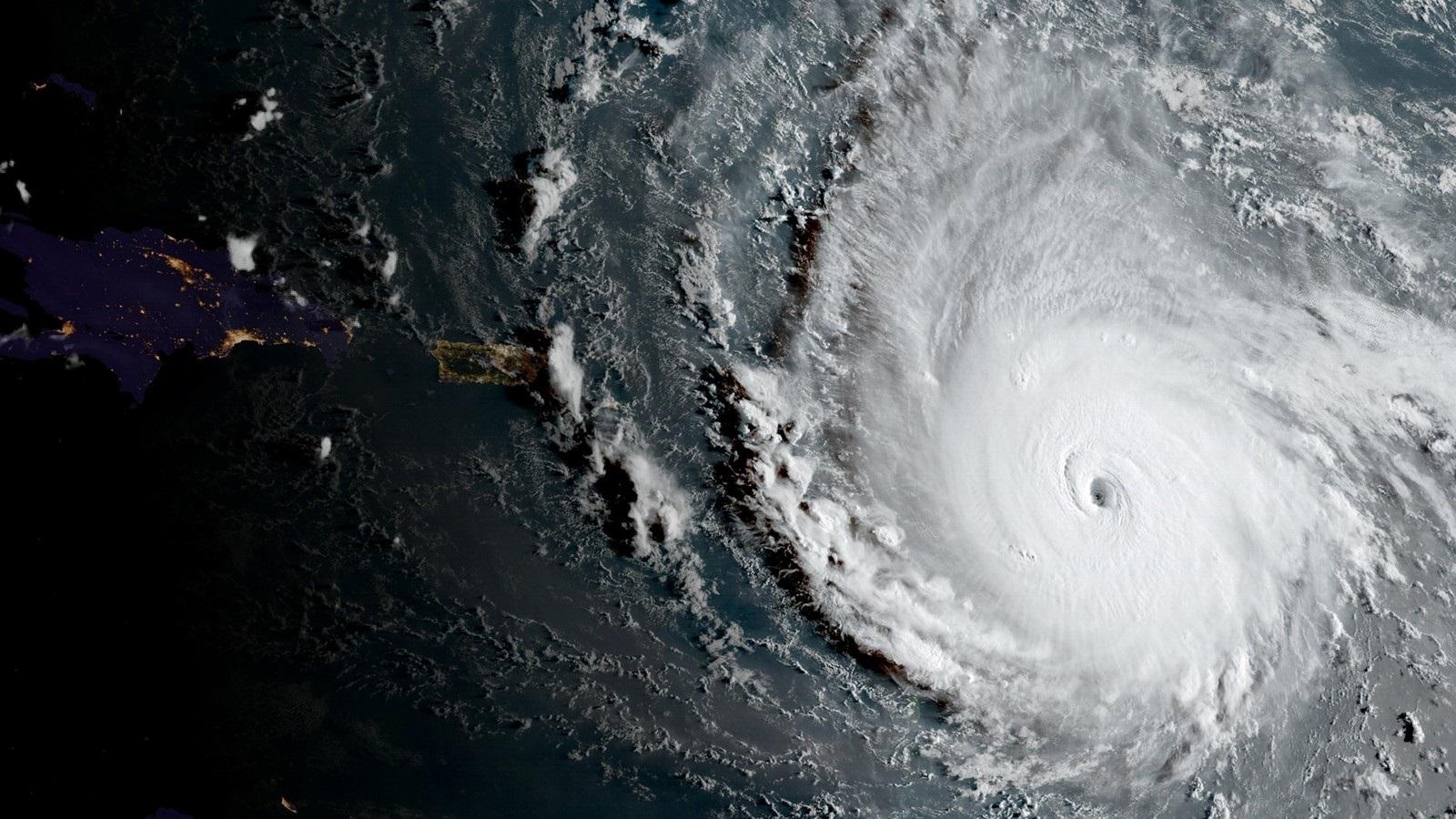 Por que a maioria dos furacões tem nome de mulher?