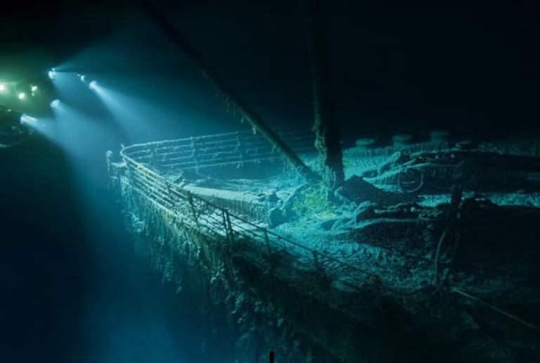13 imagens assombrosas tiradas após a descoberta do Titanic em 1985