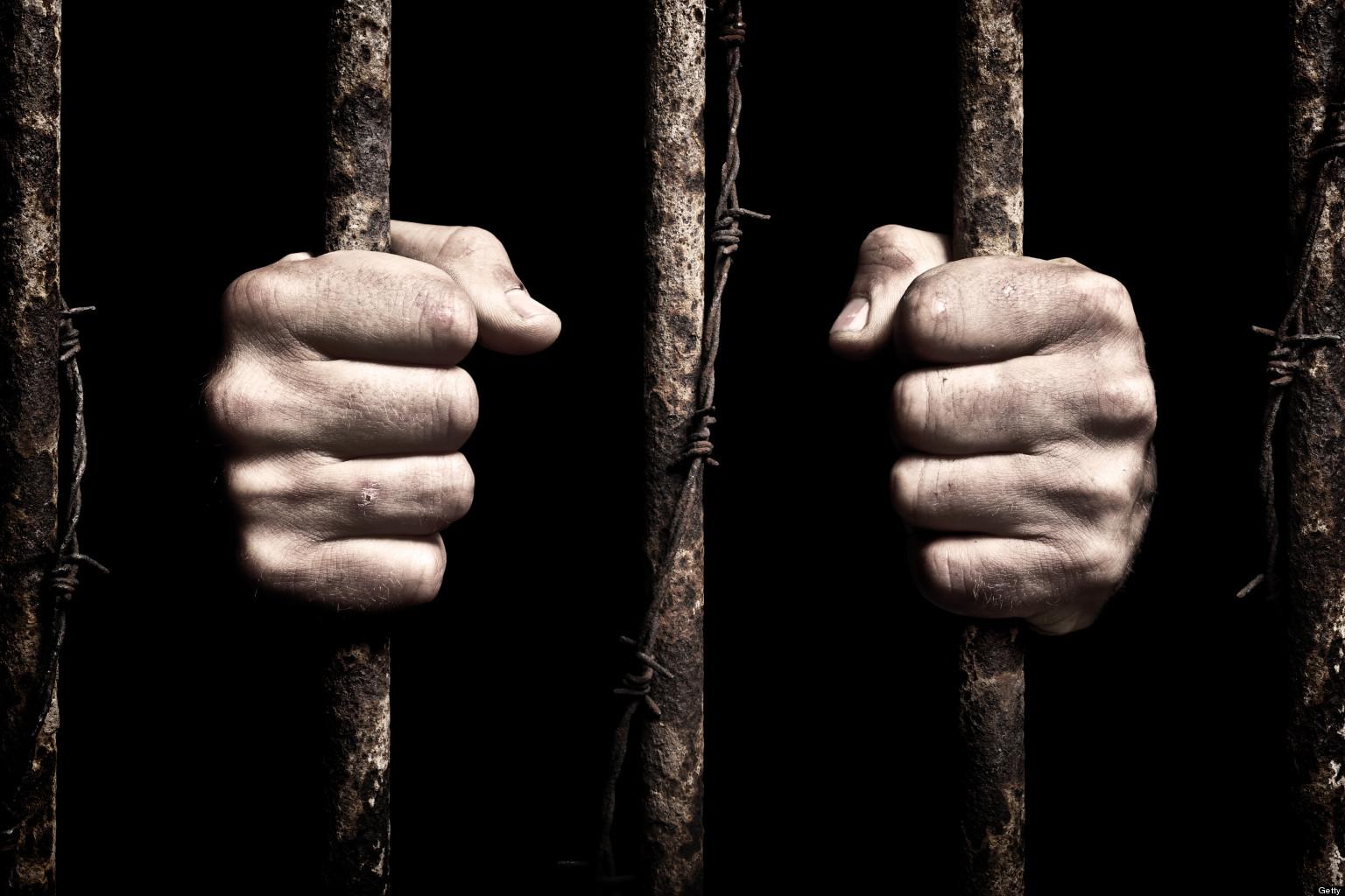 7 realidades da vida de um carcereiro no Brasil que ninguém comenta