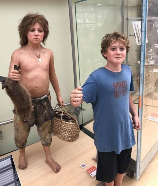 Awebic Pessoas Museus16, Fatos Desconhecidos