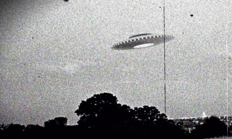 7 relatos mais antigos de OVNIs que você não poderia imaginar
