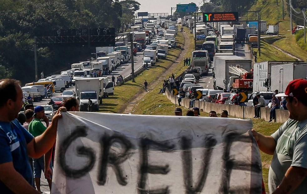 7 efeitos mais graves da greve dos caminhoneiros